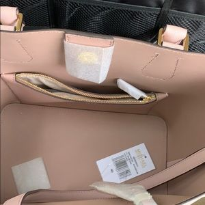 Michael Kors Bags - Brand new with tags Michael Kors pale pink bag